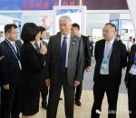 中国科技部党组书记王志刚参观东博会先进技术展 - 科技厅