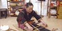 """""""可爱的中国""""之黎族:一双巧手织出多彩黎锦,千年技艺织造绚丽生活 - 海南新闻中心"""