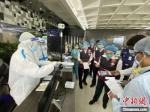 专家组在孟加拉国进行抗击疫情相关指导。海南省卫健委供图 - 中新网海南频道