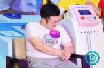 """男人体验分娩阵痛大挑战第六季火热开赛,数百名男士体验""""生娃"""" - 海南新闻中心"""